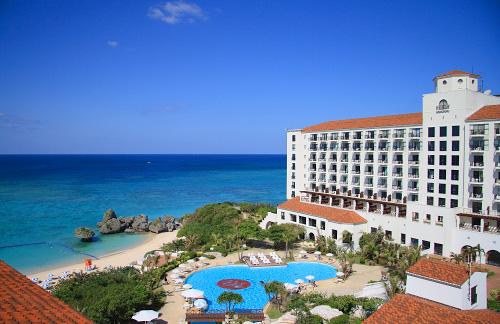 イメージ:ホテル日航アリビラ/ヨミタンリゾート沖縄・外観