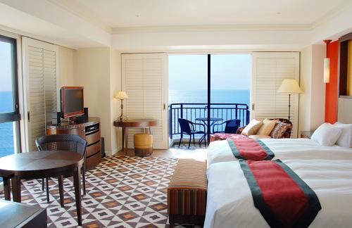 guest room: Hotel Nikko Alivila/Yomitan Resort Okinawa