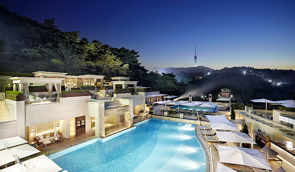 Image:Pool The Shilla Seoul