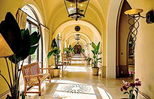 イメージ:ホテル日航アリビラ/ヨミタンリゾート沖縄・回廊