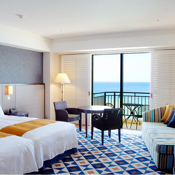 Hotel Nikko Alivila / Yomitan Resort Okinawa